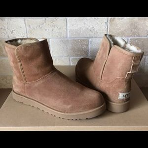 UGG AUSTRALIA CORY CHESTNUT SUEDE BOOTS SIZE 5 US